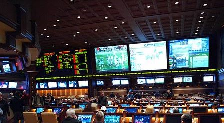 Vegas sportsbooks banning players